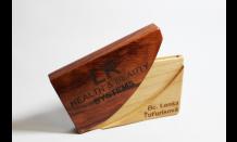 Luxusný drevený vizitkár