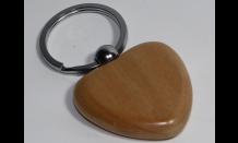 Srdcový prívesok z javorového dreva