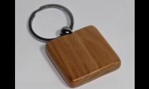 Štvorcový prívesok z javorového dreva